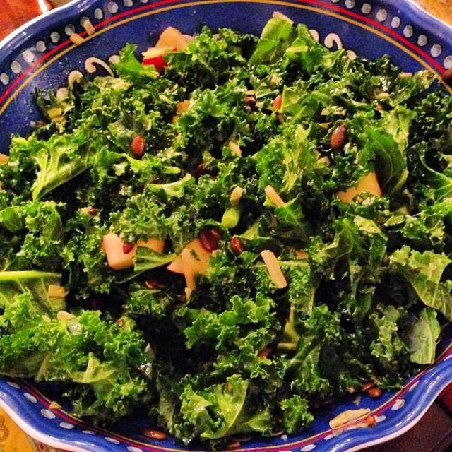 Kale Salad With Apples And Pumpkin Seeds