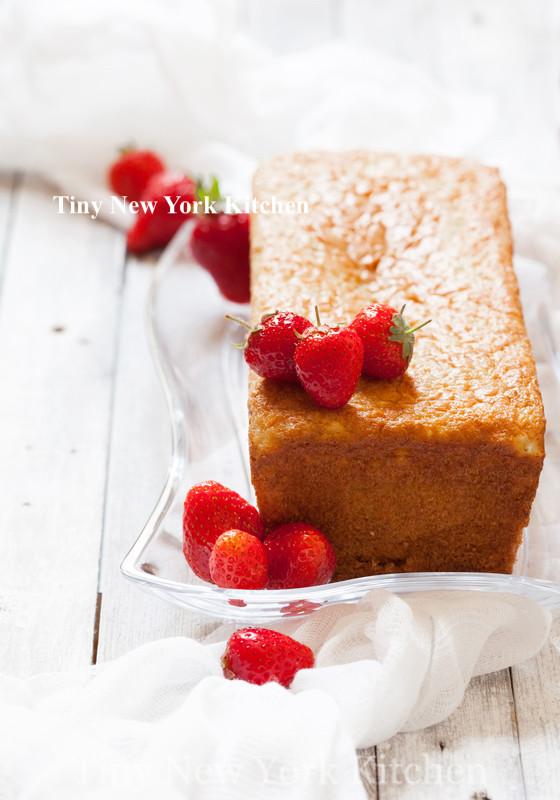Strawberry Breakfast Cake copy
