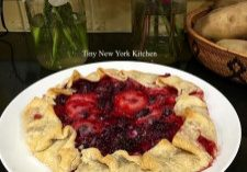 Blackberry & Strawberry Crostata 2