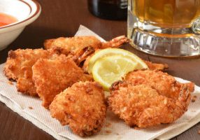 Gluten-Free Coconut Shrimp With Sweet & Spicy Sauce