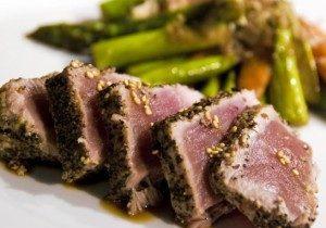 Seared Yellowfin Tuna & Asparagus