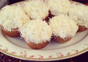 Super Easy Coconut Cupcakes